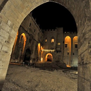 A stay in Avignon – an unusual evening at the Popes' Palace