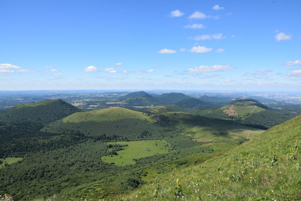 Autour des Volcans d'Auvergne